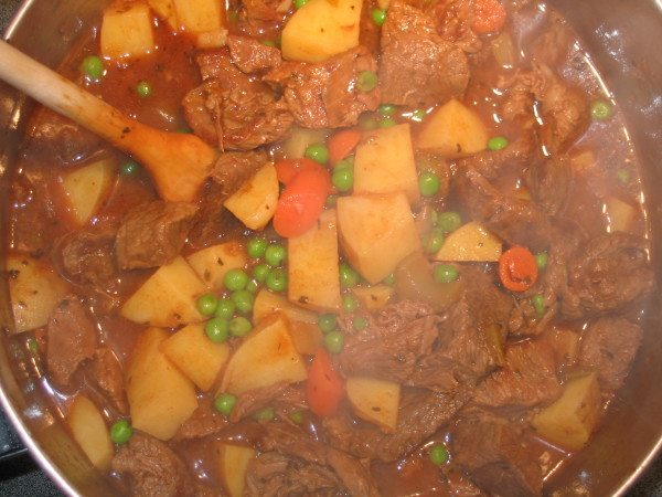 Recipe Savory Winter Vegetable Beef Stew with Vegetarian