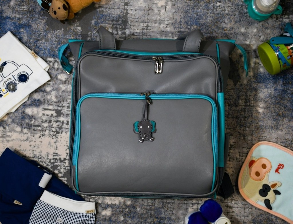 organize your baby travelling bag featured image