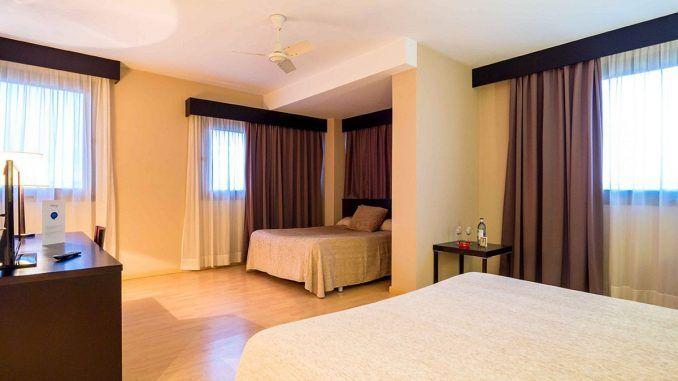 habitación Confort en el hotel Dinospa