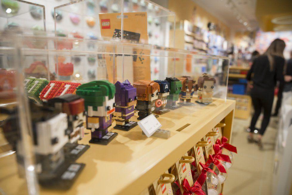 Lego abre sus dos primeras tiendas en España