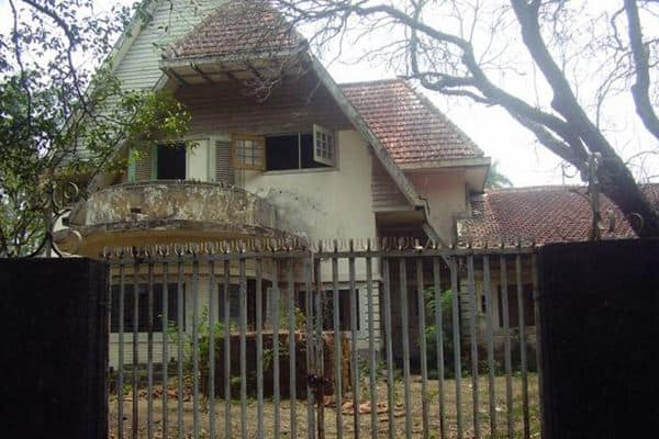 Inilah 8 Rumah Paling Angker di Jawa Berani Masuk
