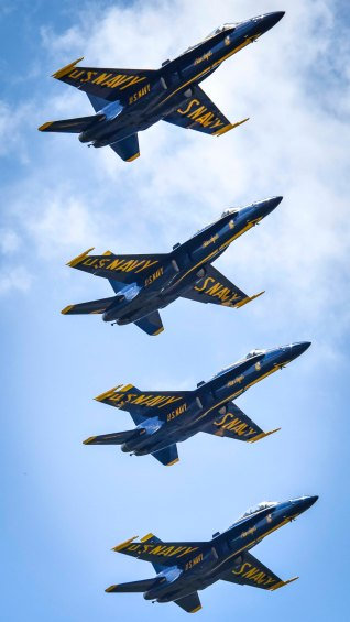 170423-N-KE519-046 BELLE CHASSE, La. (April 22, 2017) The U.S. Navy flight demonstration team, the Blue Angels, fly in formation over Naval Air Station Joint Reserve Base (NAS JRB) during the New Orleans Air Show 2017. NAS JRB New Orleans hosted its first air show since 2011. (U.S. Navy photo by Mass Communication Specialist 2nd Class Edward Guttierrez III/Released)