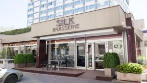 silk brasserie