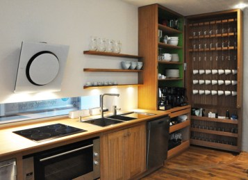 Mersmak kjøkkenet åpent/ the kitchen opened