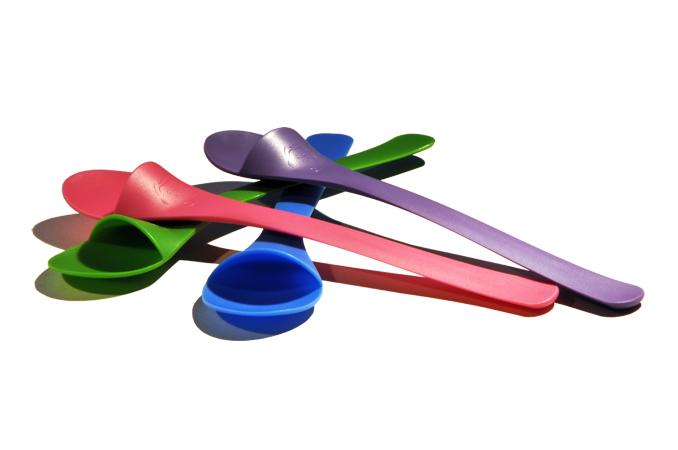 Barneskjeene i forskjellige farger/ the spoons in many colours