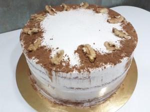Carrot Cake Sin gluten y/o Sin lactosa Plv (desde 8 Porciones) 18  ¡Pastel perfecto para pecadores del chocolate! Espectacular pastel de chocolate con varias capas de deliciosa y cremosa ganache en un bizcocho esponjoso con toque de café.Éste producto se mantiene en perfectas condiciones tras3 días desde la entrega.<strong>🕑Realiza tu pedido antes de las 2:00pm y recíbelo mañana o el día que tu elijas.</strong>