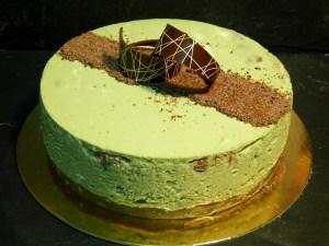 """Cheesecake de té Matcha & Chocolate (desde 8 Porciones) 18  Deliciosa tartaleta de crema pastelera yfrutas del bosque natural.  <strong>8 porciones aproximadas.</strong>  Éste producto se mantiene en perfectas condiciones en2 días desde la entrega.    <strong>🕦 Realiza tu pedido antes de las 6:00pm y recíbelo mañana o el día que tu elijas. Encuentra este producto también en <a href=""""https://bacidangelo-shop.com/servicio-express/"""">Servicio Express</a>, y recíbelo el mismo día.</strong>"""