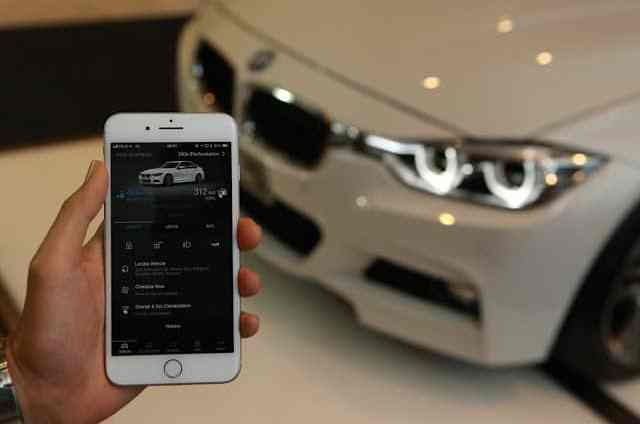 - BMWConnectedDriveXMicrosoft28729 1 - BMW ร่วมกับ Microsoft เปิดตัวบริการ BMW ConnectedDrive สำหรับรถยนต์ BMW iPerformance