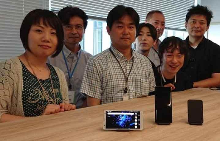 - Wireless charging team 4d8e46afb17922389229981d7d19cecd 718x460 2 - สัมภาษณ์ผู้สร้างแท่นชาร์จไร้สาย Sony WCH20 ถึงที่มาและแรงบันดาลใจในการออกแบบ