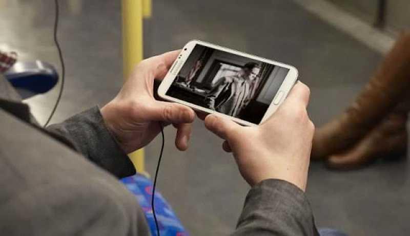 - watching videos on phone video rewards app w800 h600 2 - มาดูกันว่าดูหนัง ดูซีรีส์ในอินเตอร์เน็ต ใช้ Data ประมาณเท่าไหร่