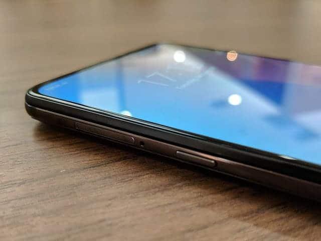 - IMG 20190129 171330 - รีวิว Xiaomi Mi MIX 3: สเปกโหดสะใจ จอไร้ขอบไร้ติ่งเต็มตา วัสดุเซรามิกหรูหรา ในราคา 18,999 บาท