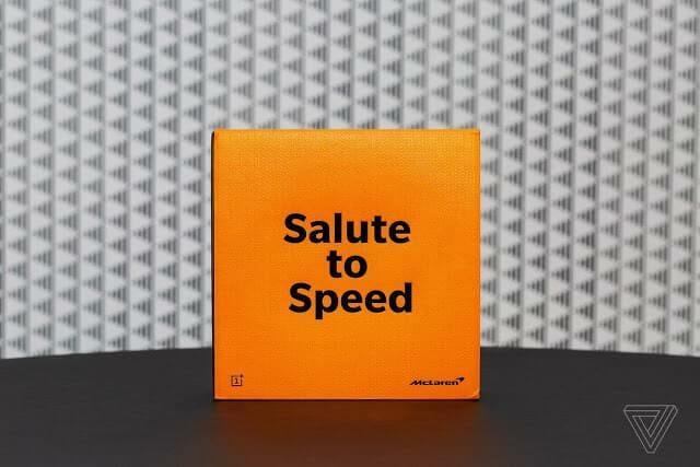- akrales 181210 3126 0006 - OnePlus 6T McLaren Edition มาพร้อมแรม 10 GB และชาร์จไว Warp Charge 30