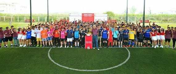- foundation - RICOH จัดกิจกรรมฟุตบอลกระชับมิตร โดยมีลีซอ, จักรพันธ์ และเอกชัย จากทรู แบงค็อก ยูไนเต็ดร่วมแจม
