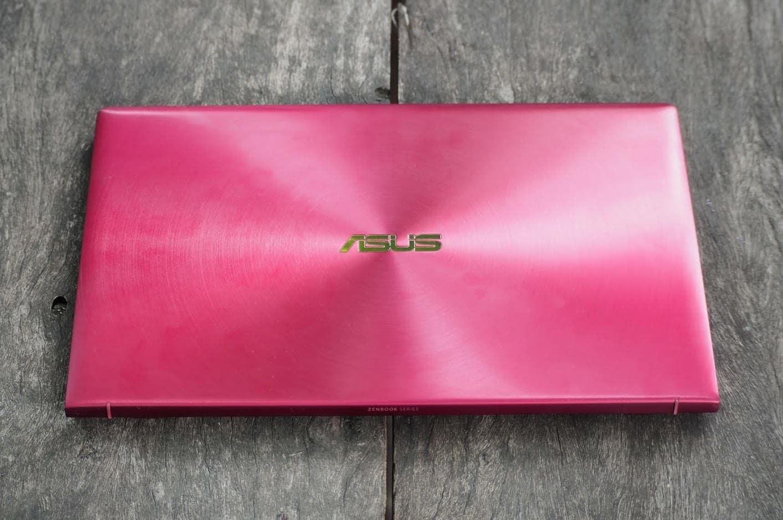 โน๊ตบุ้ค - รีวิว ASUS ZenBook 13 (UX333F) Burgundy Red สีแดงโดดเด่น เห็นแต่ไกล