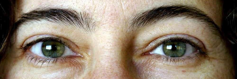 Son los ojos claros ms sensibles a la luz
