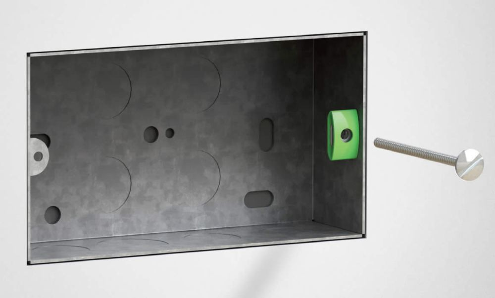 medium resolution of back box showing back box saver fitted to lug