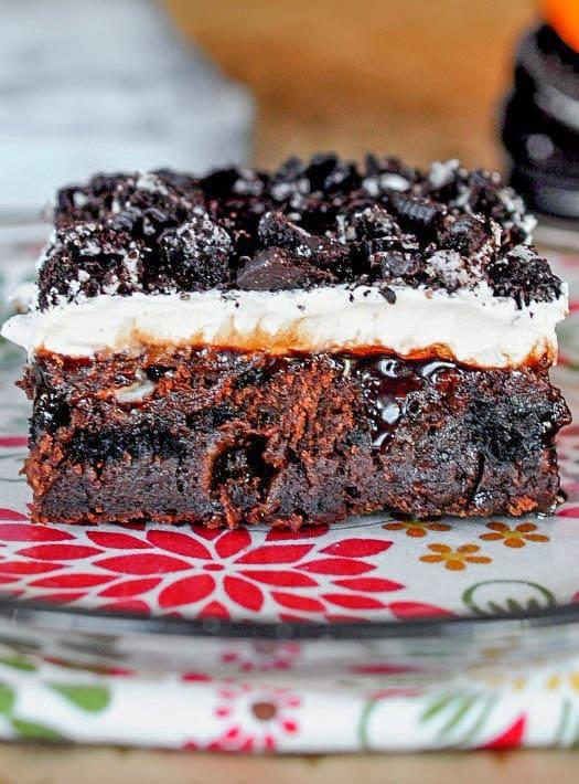 Marshmallow Oreo Poke Cake - Incredibly moist and chocolatey!