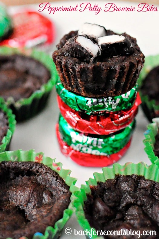 Double Chocolate Peppermint Brownie Bites - Fudgy, minty heaven! https://backforseconds.com #christmas #mint #chocolate #brownie