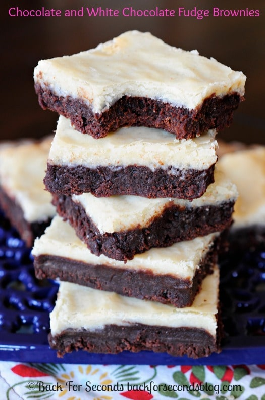 White Chocolate and Chocolate Fudge Double Decker Brownies - MUST MAKE for all brownie lovers!! #brownierecipe #dessert #chocolate