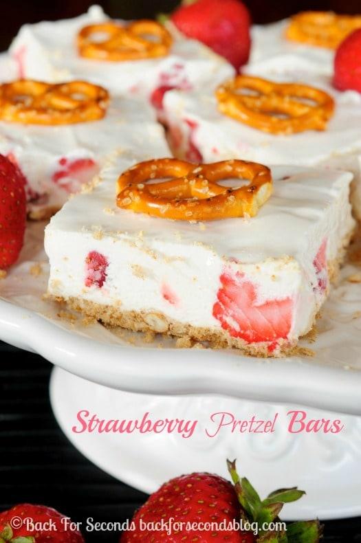 No Bake Strawberry Pretzel Bars - Cool, creamy, sweet, and salty goodness! #strawberries #nobake #dessert