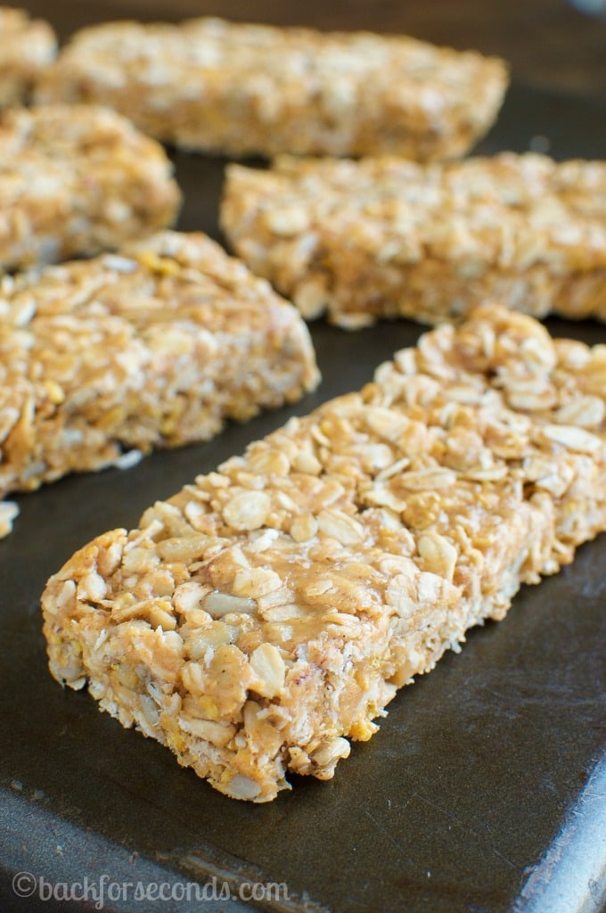 Easy, No Bake, Chewy Honey Peanut Butter Granola Bars Recipe