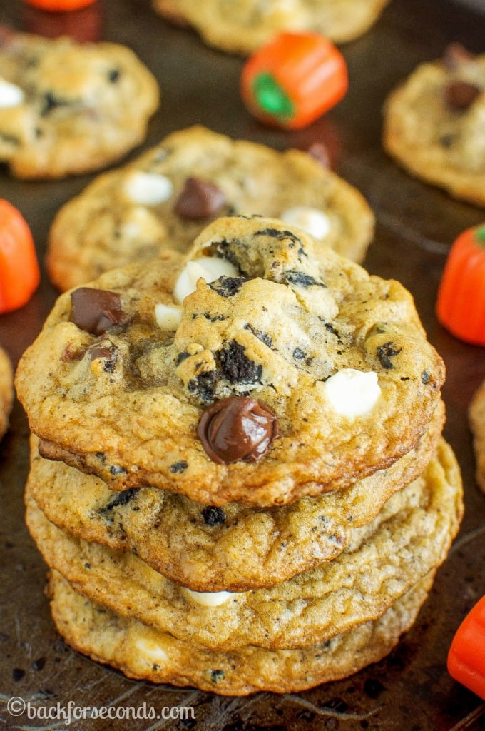 Chewy Pumpkin Spice Oreo Chocolate Chip Cookies