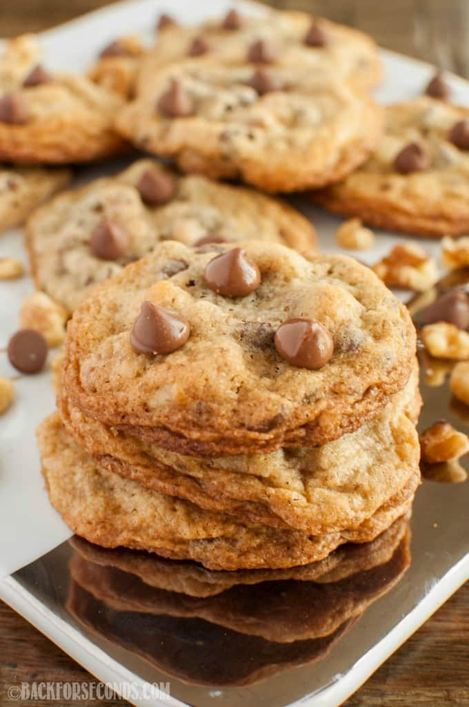Salted Chocolate Chip Walnut Cookies are crispy around the edges and chewy on the inside. Sweet chocolate paired sea salt make these cookies irresistible!