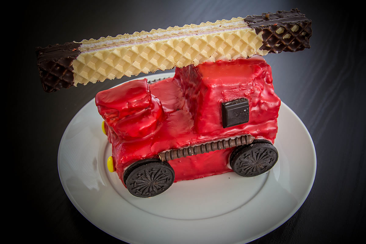 Feuerwehrauto als torte  Appetitlich FotoBlog fr Sie