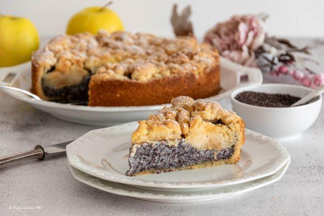 Apfel-Mohnkuchen mit Knusperstreusel
