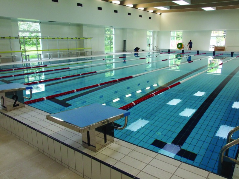 Nuova piscina coperta pronta linaugurazione con Scozzoli