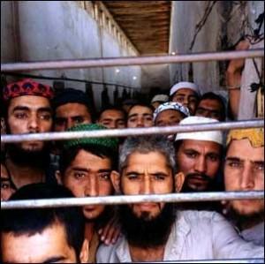 Afghan_prisoners