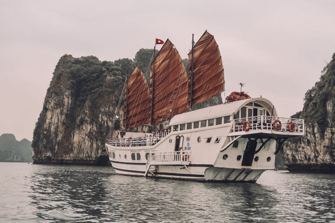 The best way to visit Halong Bay in Vietnam