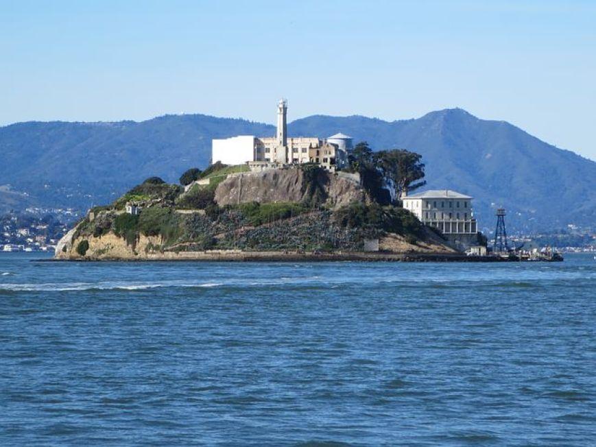 世界で最も有名な刑務所 「アルカトラズ島」