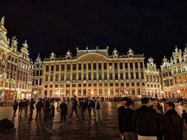 中世ヨーロッパの街並広がる「ブリュッセル」