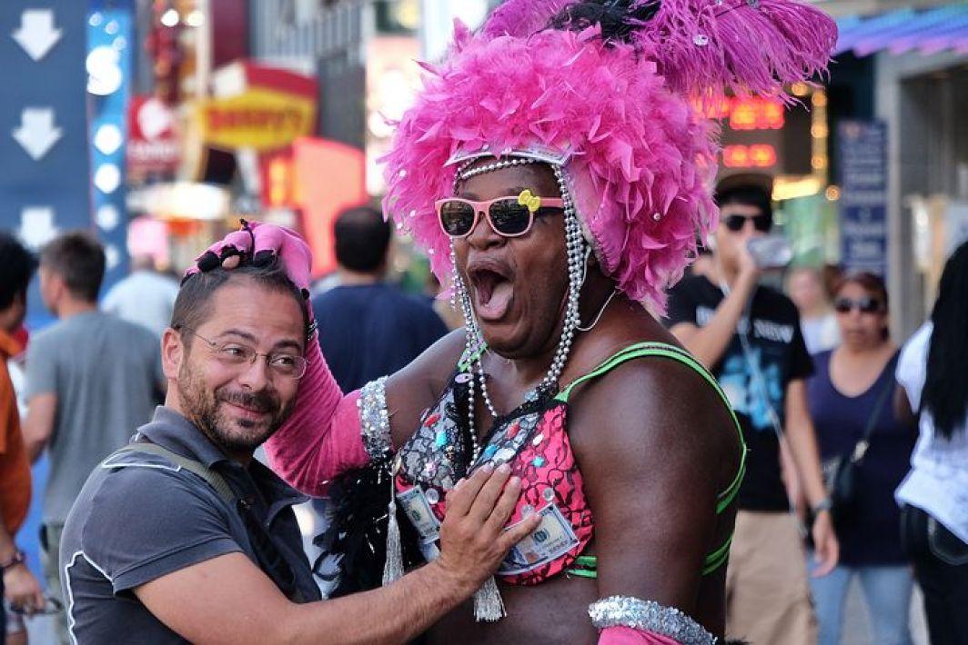 ラスベガスではこんな感じの人が派手に楽しんでいるイメージですが・・、それだけではありません!