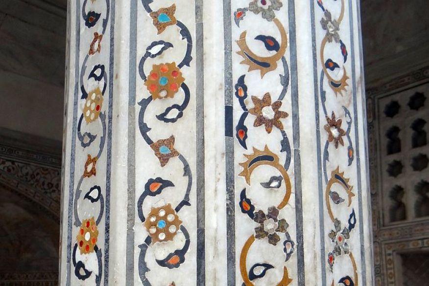アーグラ城の装飾は一見の価値あり!