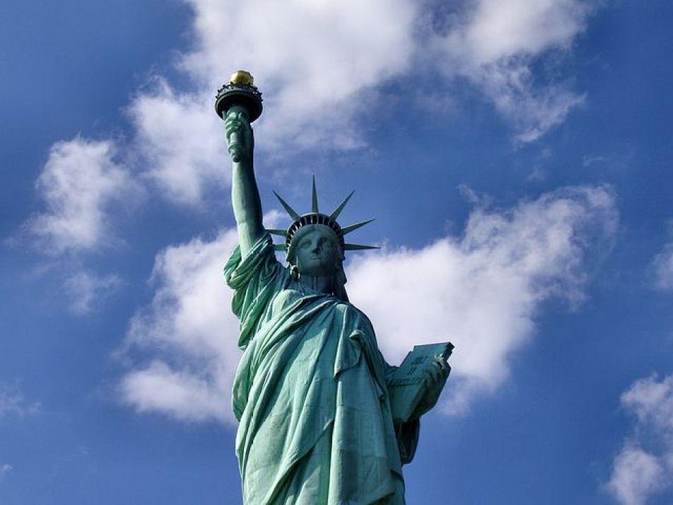 ニューヨークといえば自由の女神!