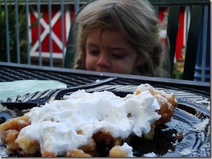 mmmm....sugar on top of fried batter