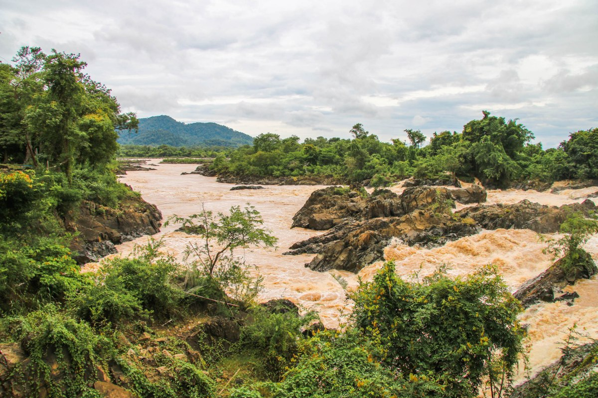 Laos: A Guide to the 4000 islands (Si Phan Don)