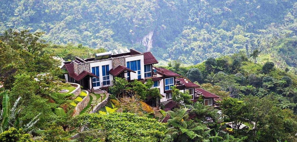 t 35 Eco Mountain Resort