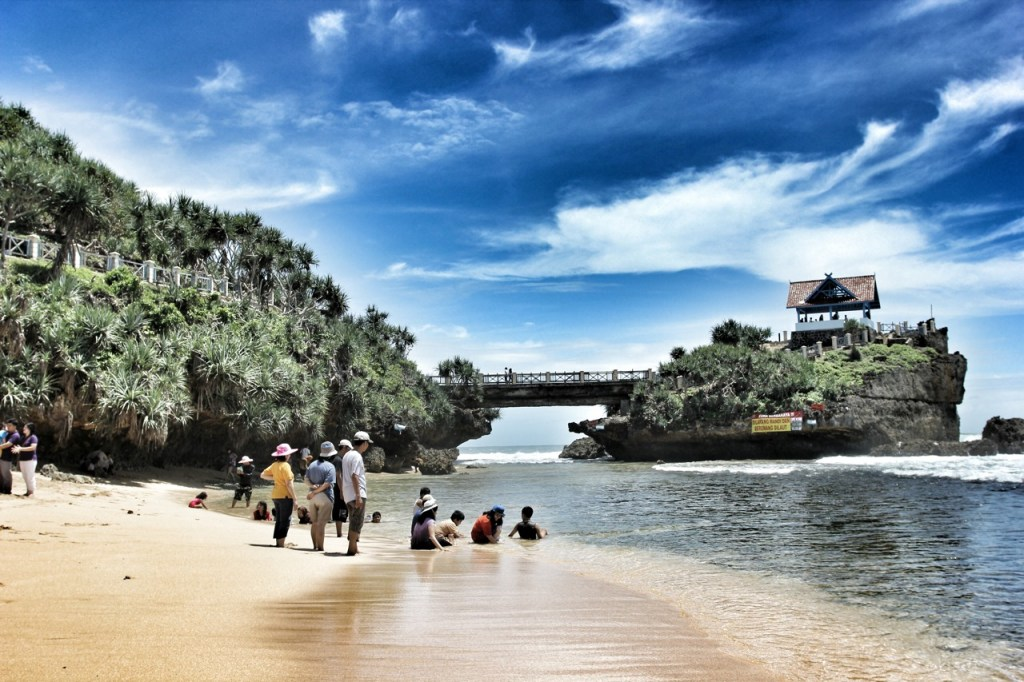 Yogyakarta Travel Guide Kukup Beach