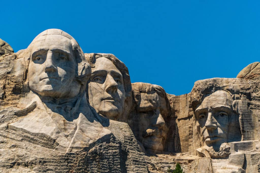 The ultimate south dakota travel guide: Mount Rushmore