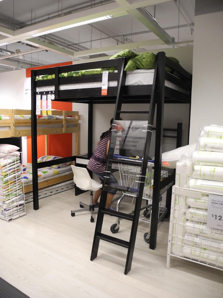 Indonesia mengapa harus IKEA  backpackstory