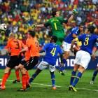 Julio+Cesar+Felipe+Melo+Netherlands+v+Brazil+vOiwkoIAV9Wl