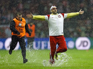Rain renders England's qualifier in Poland a farcical non event