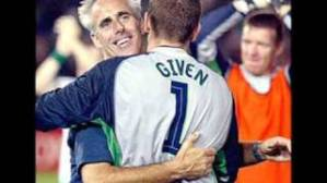 Mick McCarthy with Shay Given at the 2002 FIFA World Cup