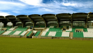 North v South - Linfield and Shamrock Rovers go head to head