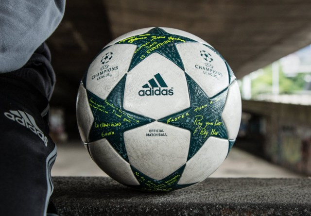 Champions League ball 2016 Adidas