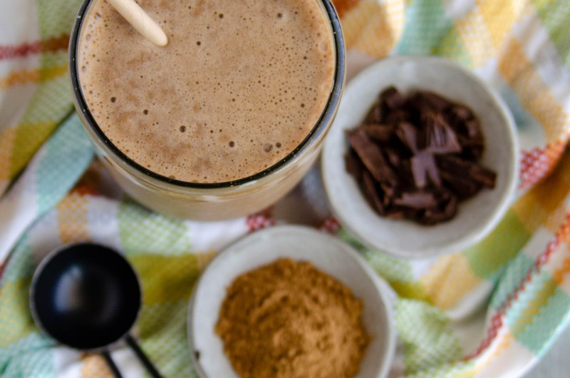 healing collagen cocoa smoothie