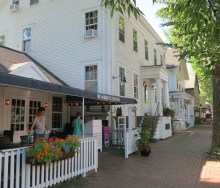 Former Sea Captains Homes Have Been Turned Into Restaurants And Boutiques